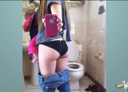 amateur-stripping-teen-girls-pooping